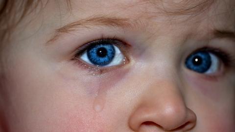 זעקת הילדים הקטנים: אבא מתאושש מהסרטן, אמא סובלת מהפרעת אכילה נוראית. אין כסף לתרופות וטיפולים רפואיים והבית כבר לא מתפקד!!! אנא אל תתעלמו! הצילו!!